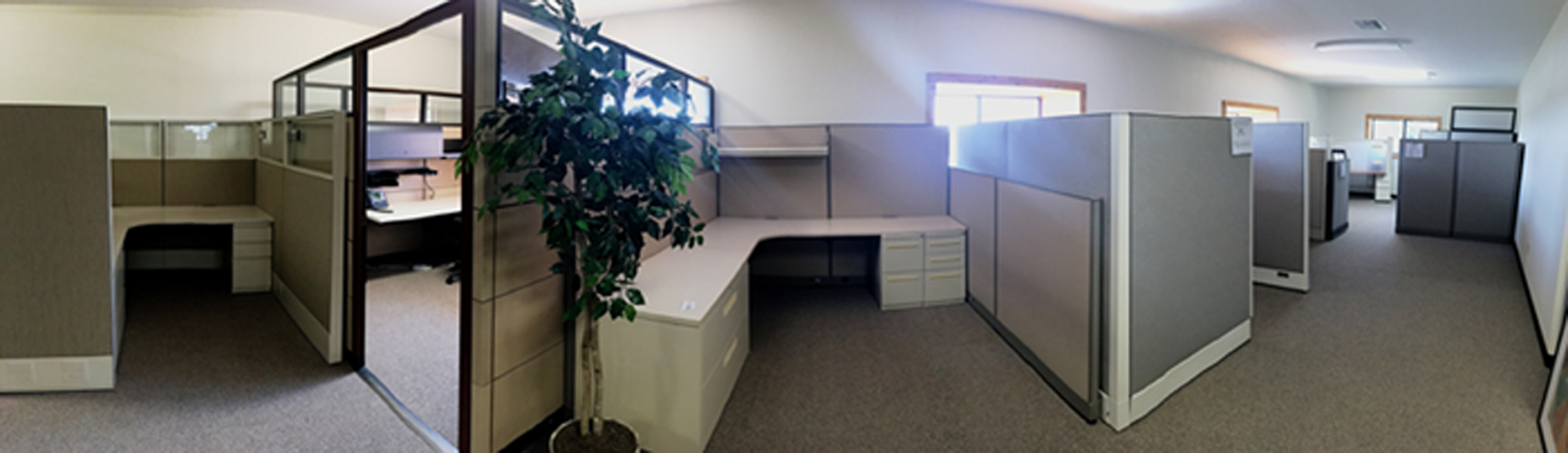 used and new office furniture showroom
