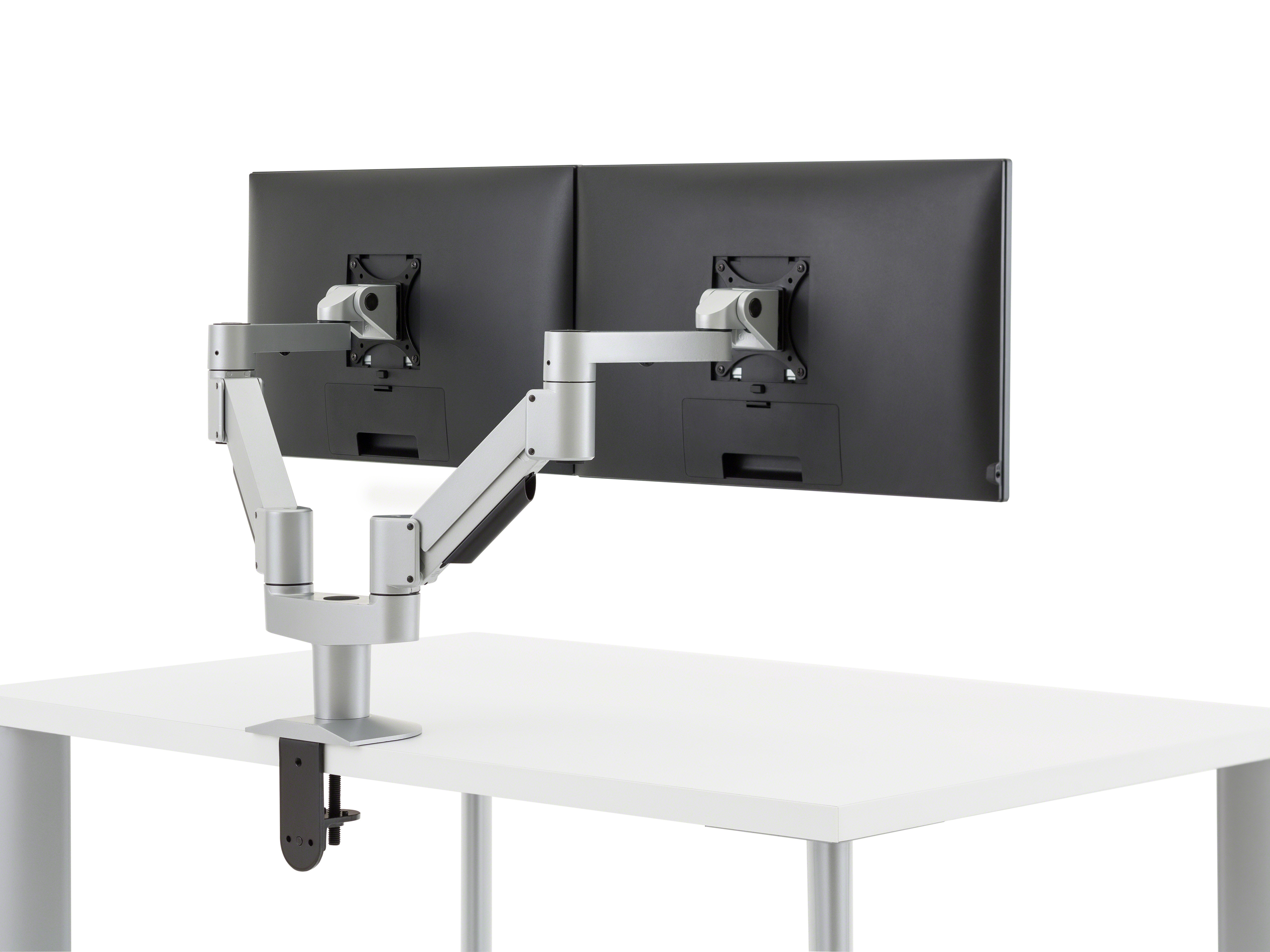 Single Articulating Monitor Arm